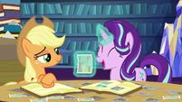 Starlight Glimmer laughs at Applejack's story S6E21