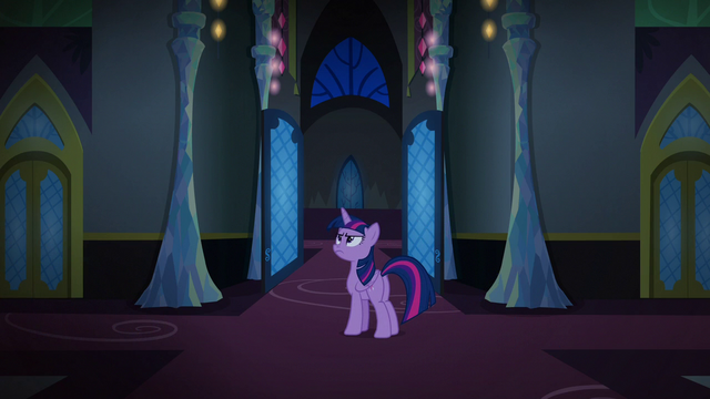 File:Twilight Changeling stays in the throne room area S6E25.png
