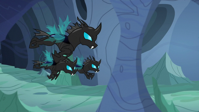 File:Changeling patrol flying down the tunnel S6E26.png