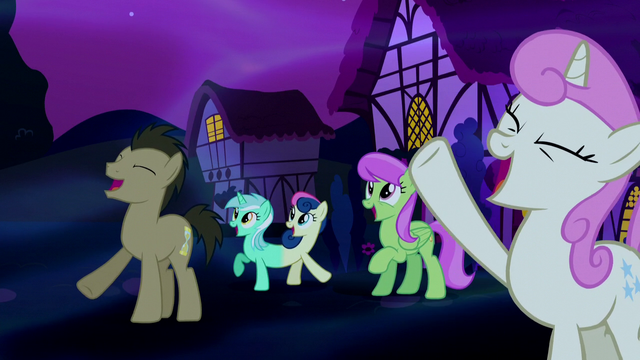 File:Ponies cheering in dream Ponyville S5E13.png