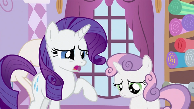 File:Sweetie Belle with Rarity S2E23.png