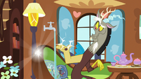 Discord snapping his paws again S7E12
