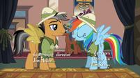 Rainbow Dash introduces herself S6E13