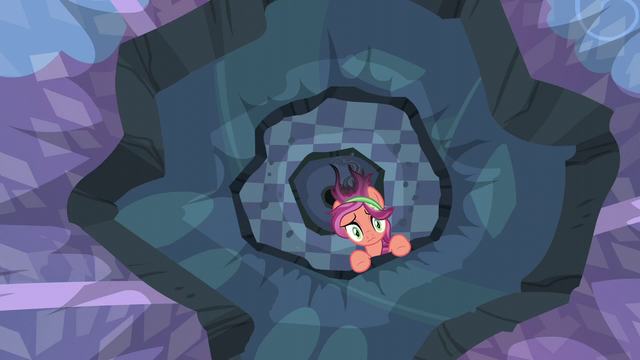 File:Crystal Pony mare in the destroyed ceiling S6E1.png