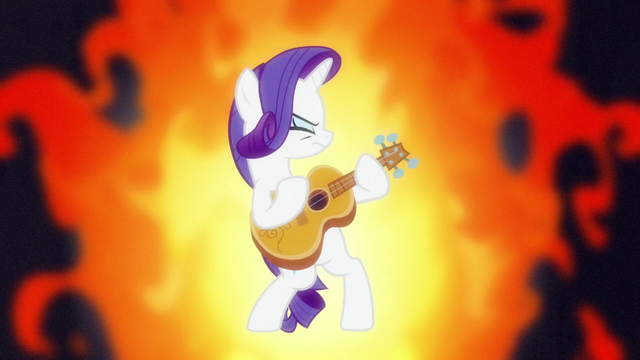 File:Rarity playing a hard rock guitar solo S7E9.png