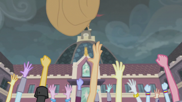 File:Applejack throws her hat into the air EG3.png
