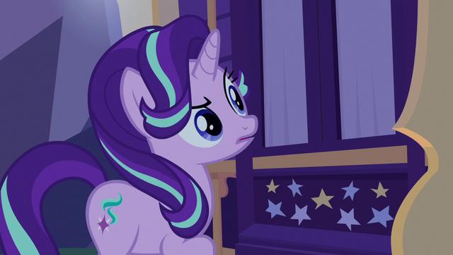 File:Starlight Glimmer hears Trixie's weird sleeptalk S6E25.png