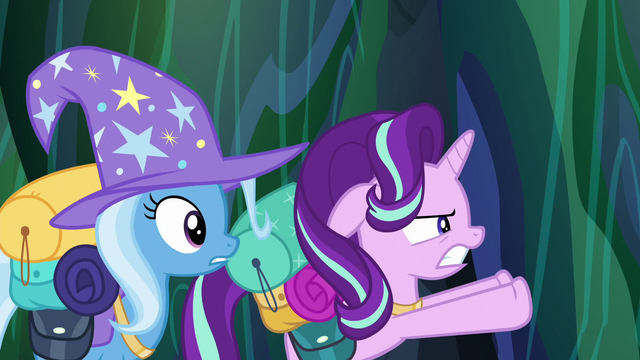 File:Starlight Glimmer pushes the chamber doors open S6E26.png