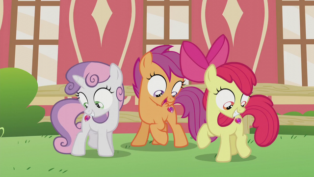 File:Crusaders looking at their cutie marks S5E18.png