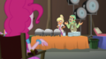 Pinkie watches Canter Zoom and Chestnut EGS2.png