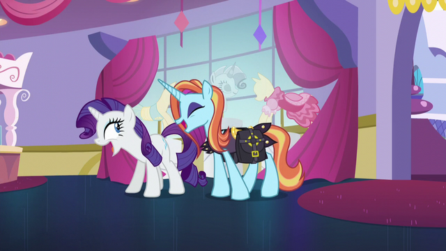 "File:Rarity and Sassy Saddles ""no!"" S5E14.png"