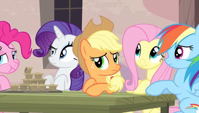 File:Twilight's friends listen to Sugar Belle S5E1.png