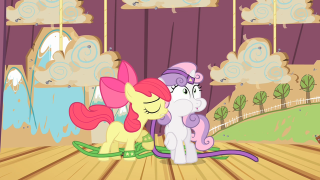 File:Apple Bloom accidentally hits Sweetie Belle S4E05.png