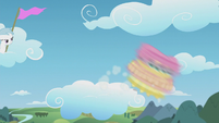 Fluttershy spins out over the cloud's edge S5E25