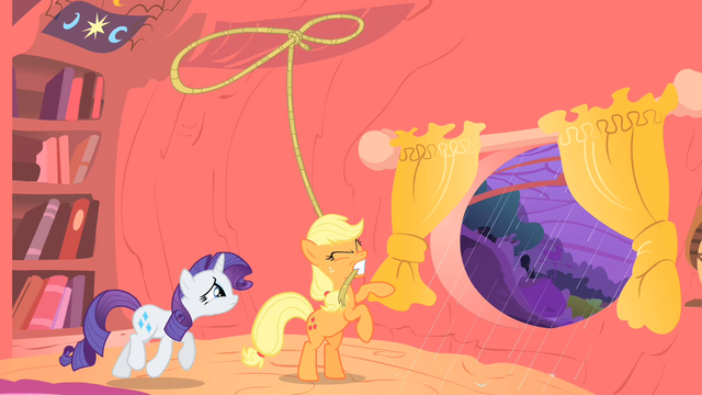 File:Applejack about to lasso a tree S1E08.png