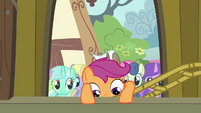 Scootaloo climbing into Pinkie's float S3E4