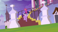 Twilight galloping down castle steps S4E01