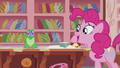 "Pinkie ""I'll just measure the baking powder for you"" S5E8.png"