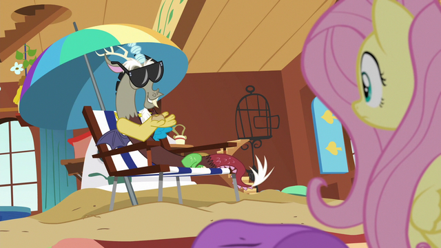 File:Discord lounging on the beach in Fluttershy's cottage S6E17.png