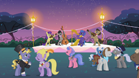 Musical ensemble Canterlot garden party S2E09