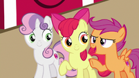 "Scootaloo ""that sure is a lot of apples!"" S7E8"