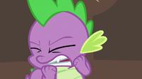 Spike flinching S5E10