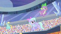 Spike jumping from Pegasi's backs S4E24