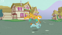 Snips running with Snails on top S3E05