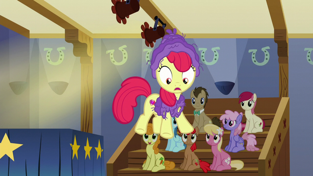 File:Apple Bloom dances over the edge of the stage S6E4.png