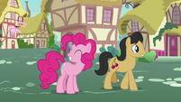Pinkie Pie successfully proves Rarity's theory S7E9