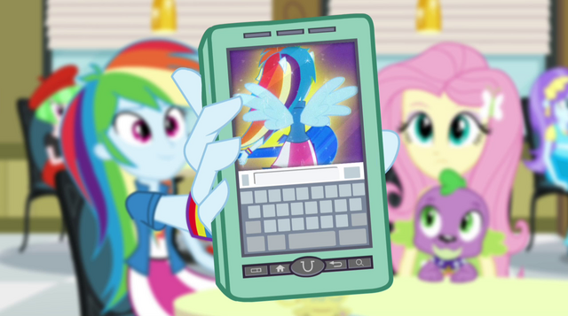 File:Guitar Centered video on Rainbow Dash's phone EG2.png