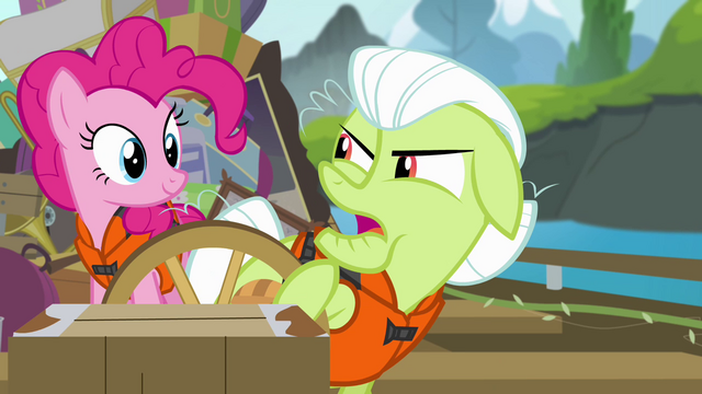 File:Granny Smith pulls on steering wheel S4E09.png
