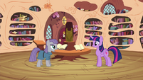 Twilight listening to Maud's poem S4E18