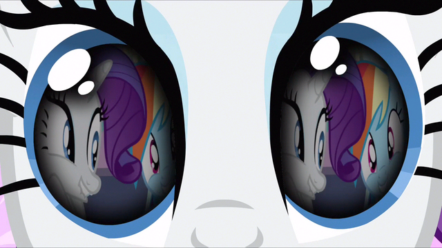 File:Rarity coming back to true self S3E13.png