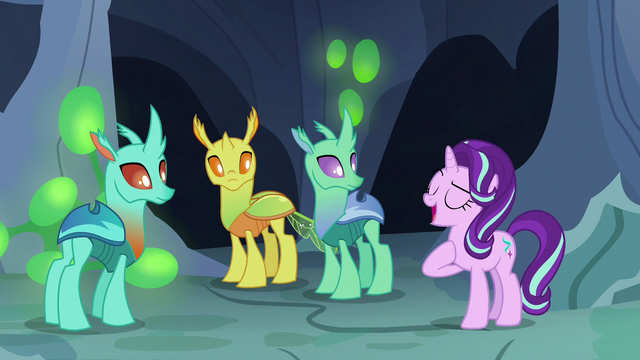 File:Starlight Changeling introduces herself to changelings S7E1.png