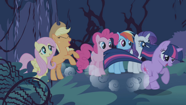 File:Twilight gallops ahead S1E02.png