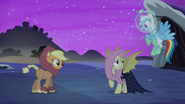 File:Rainbow impressed with Fluttershy S5E21.png
