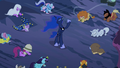 Everypony scared S2E04.png