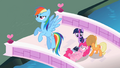 Rainbow Dash on it S2E10.png