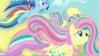 Rainbow and Fluttershy flying transition S4E26
