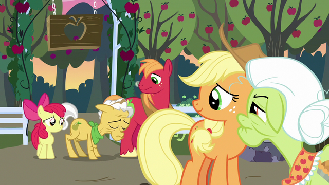 File:Grand Pear hanging his head in shame S7E13.png