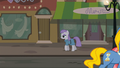 Maud Pie walking through Manehattan S6E3.png