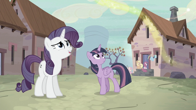 "File:Rarity ""I can tell this is beautiful!"" S5E2.png"