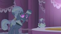 Hoity Toity glasses slip S01E14