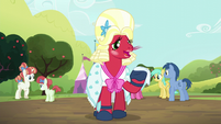 Big Mac dressing as Orchard Blossom with a handkerchief S5E17