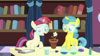 Filly Moon Dancer and Lemon Hearts grow a flower S7E1