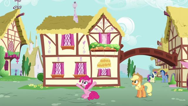 "File:Pinkie Pie ""it's me, Pinkie Pie!"" S6E11.png"