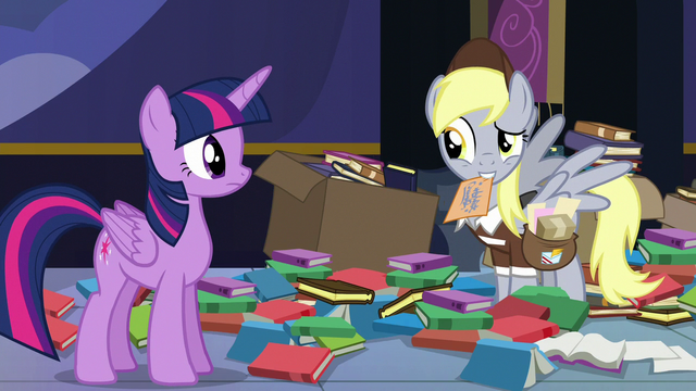 File:Derpy shaking her head at Twilight S6E25.png