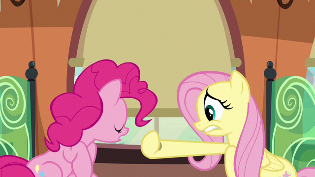 File:Fluttershy closing the train window curtain S6E18.png