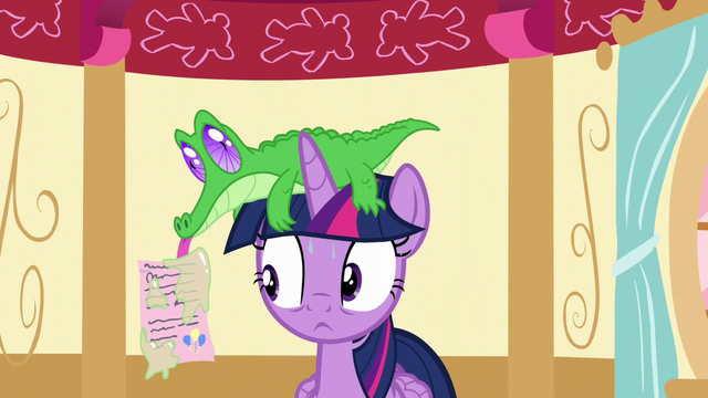 File:Gummy shows Twilight a letter from Pinkie S5E11.png